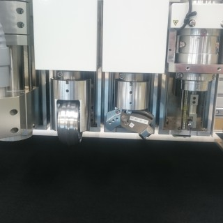 new-4-axis-head-img2